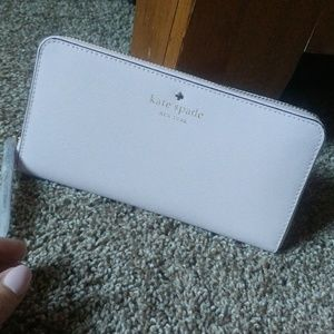 { kate spade } Mikas Pond Lacey Wallet